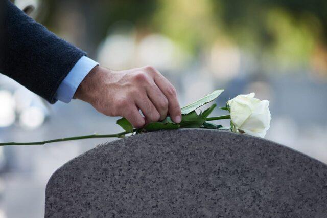 Studiesöndag – Om döden och andra muntrationer 7/11 kl 11